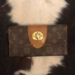 Authentic Louis Vuitton Women's Wallet